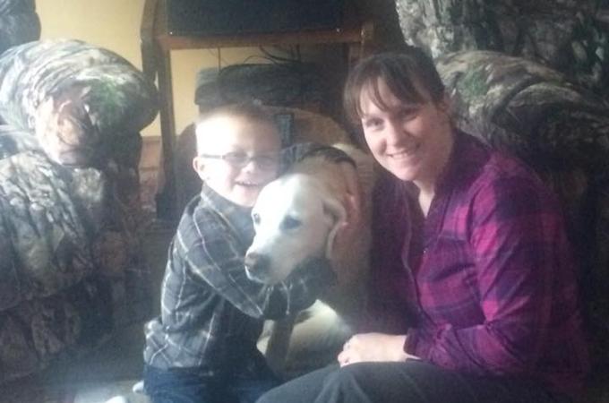 真冬に行方不明になってしまった犬。5日後、雪の中に生き埋めになっていたところを無事に救出される。