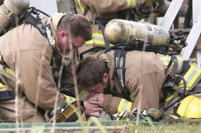 【ありがとう】勇敢な消防士たちによって、命を救われた動物の写真23枚!